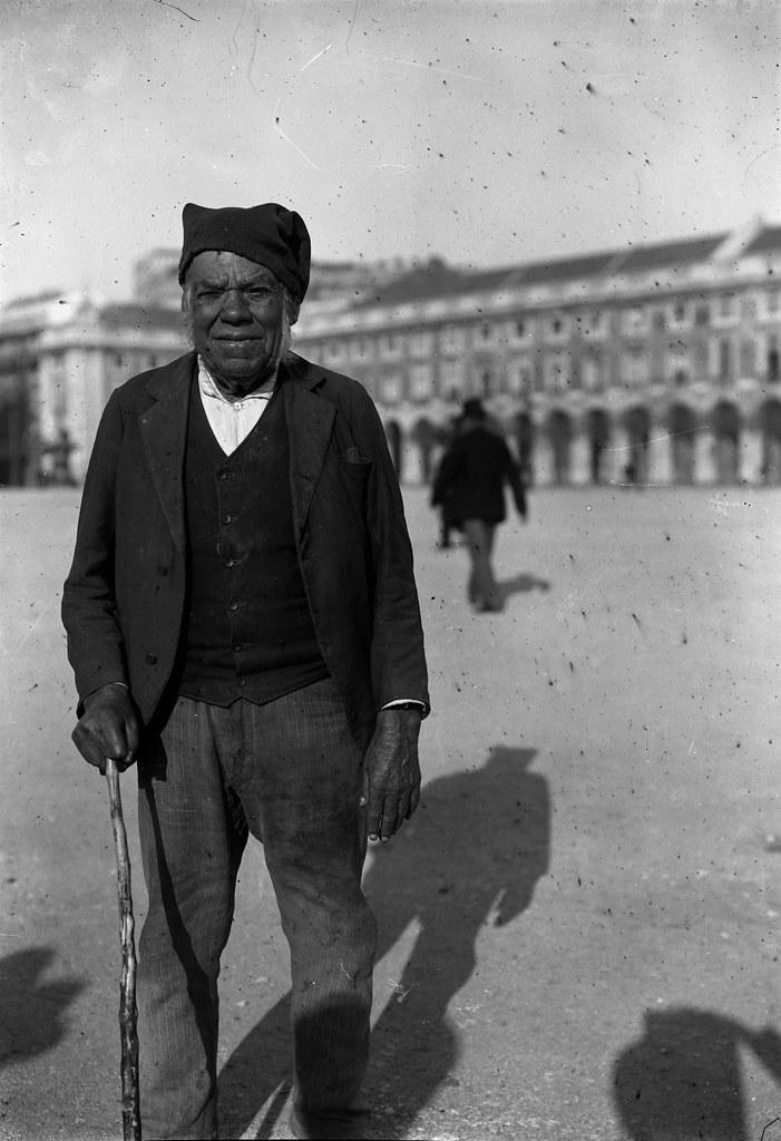 Mendigo, Lisboa (Paulo Guedes, c. 1900)