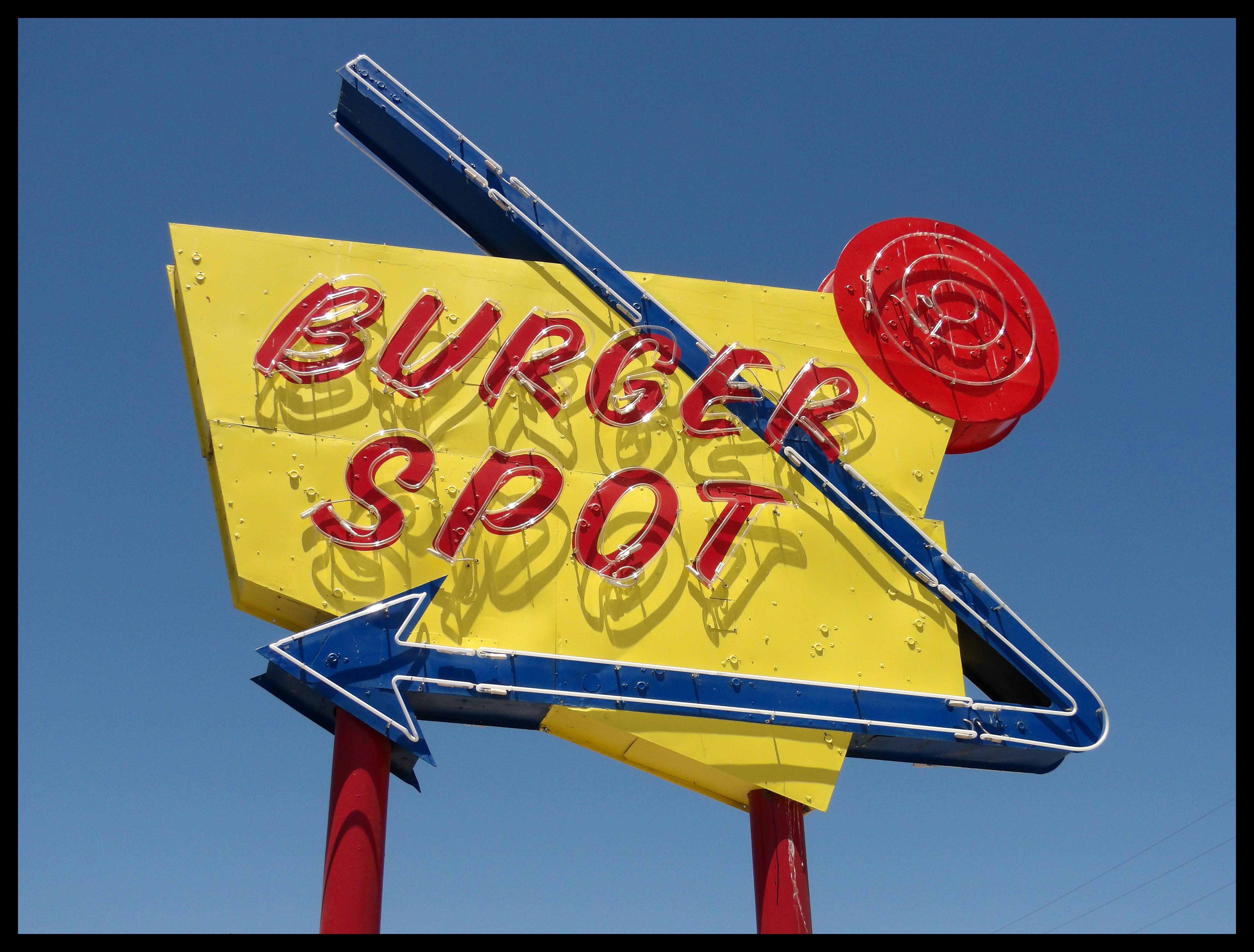 Burger Spot - 208 West Tehachapi Boulevard, Tehachapi, California U.S.A. - June 30, 2018
