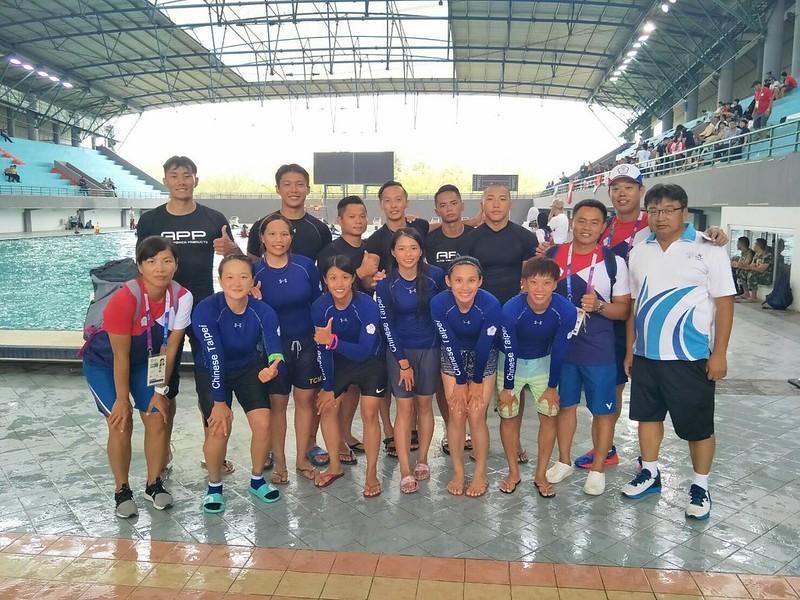 輕艇水球男女組皆摘下銅牌。(中華奧會提供)