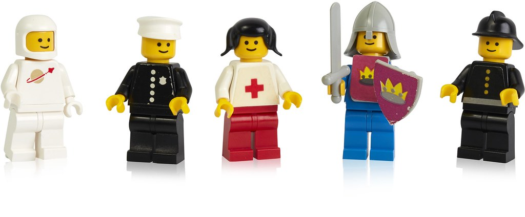 Happy Birthday, Minifigure! | Brickset: LEGO set guide and database