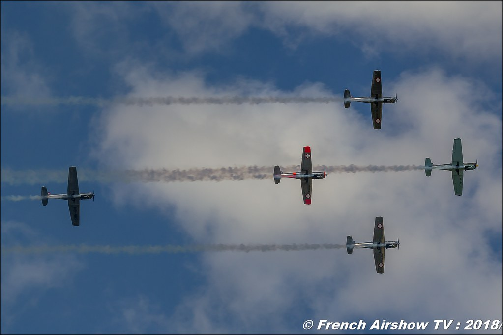 P3 Flyers The Swiss Pilatus P3 warbird team THE SWISS PILATUS P3 FLYERS AEROBATIC TEAM Dittinger Flugtage 2018 Canon Sigma France contemporary lens Meeting Aerien 2018