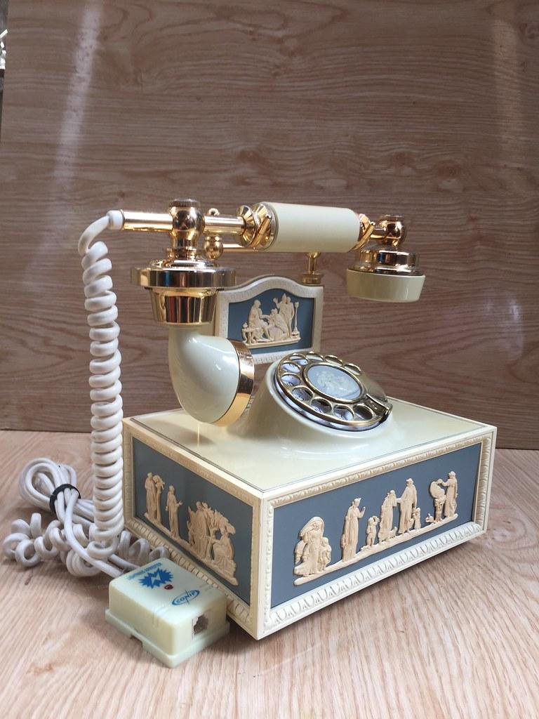 Giao lưu, điện thoại quay số cổ 1970s...