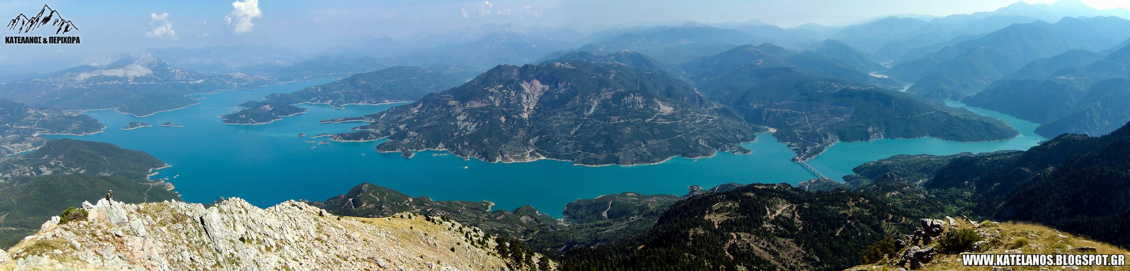 πανοραμα λιμνης κρεμαστων απο την κορυφη της τσοκας