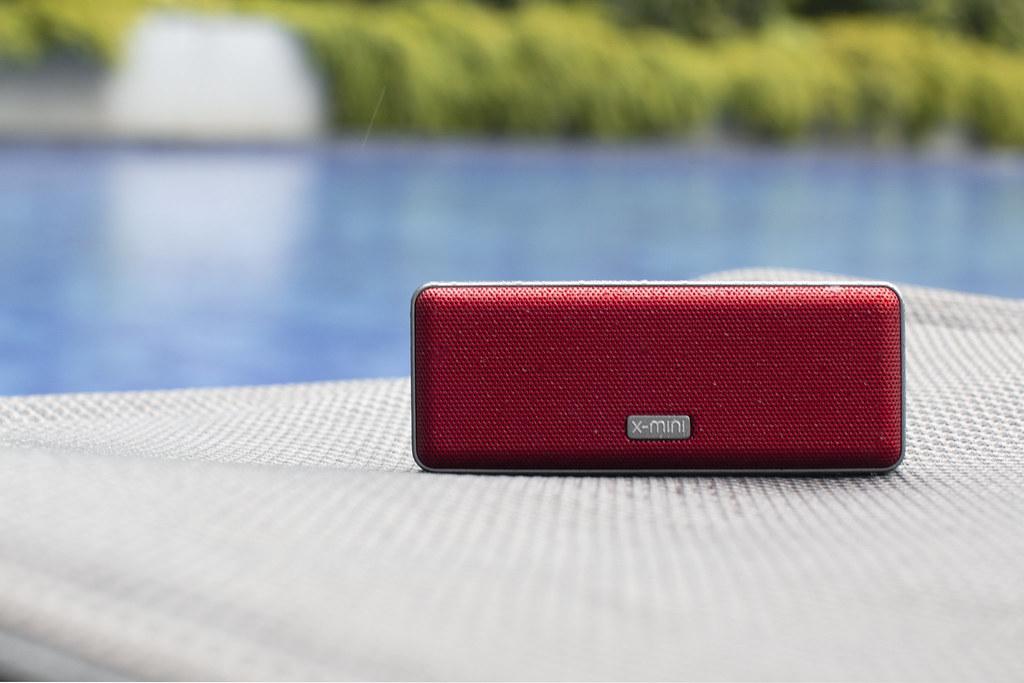 Ultra Portable Bluetooth speaker X-mini XOUNDBAR now comes in Crimson Red and Midnight Blue - Alvinology