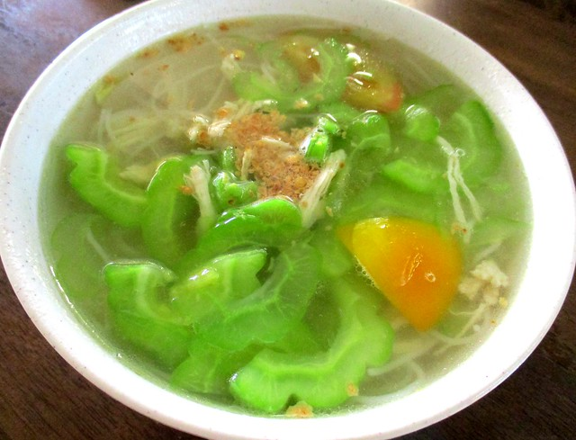 Colourful Cafe bitter gourd bihun