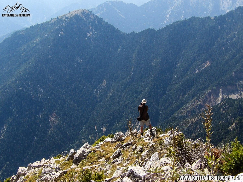 ανθρωπος στο βουνο παναιτωλικο ορος