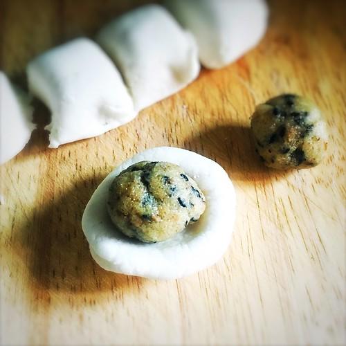 Rice Dumplings, Walnut, Sesame, Tong Yuan, chinese, nut, recipe, 核桃, 芝麻, 湯圓
