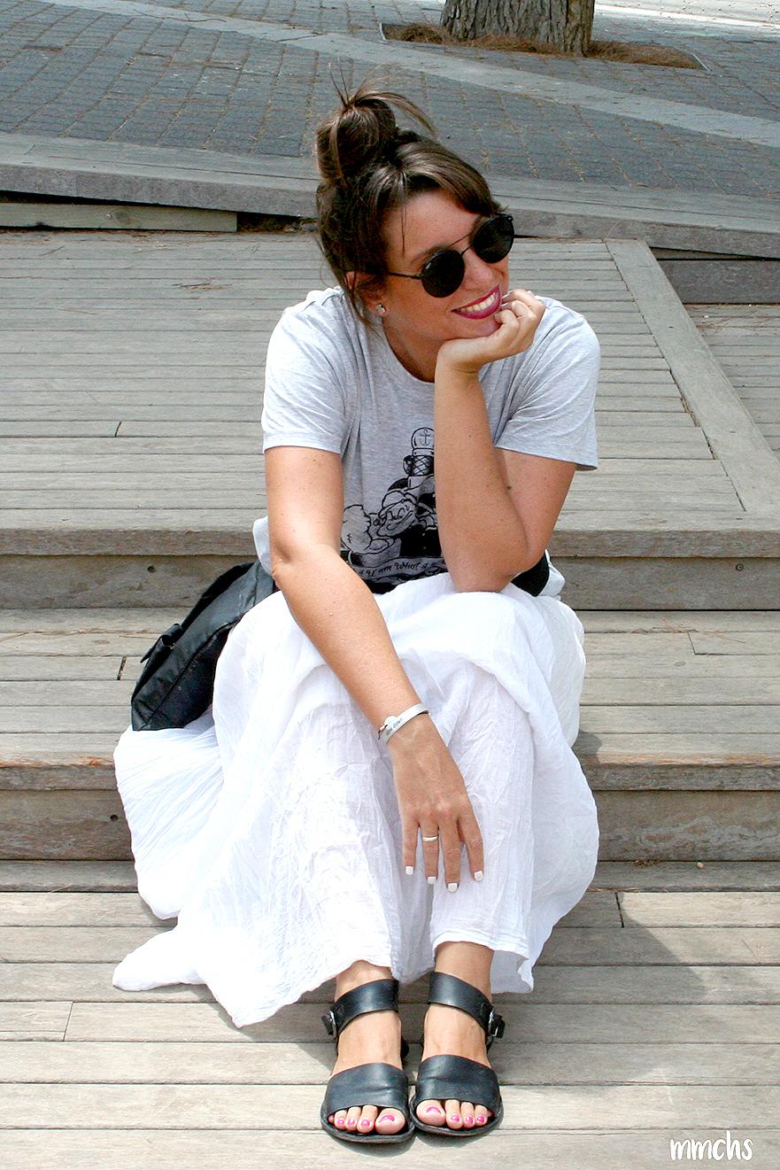 look con falda blanca Ibicenca