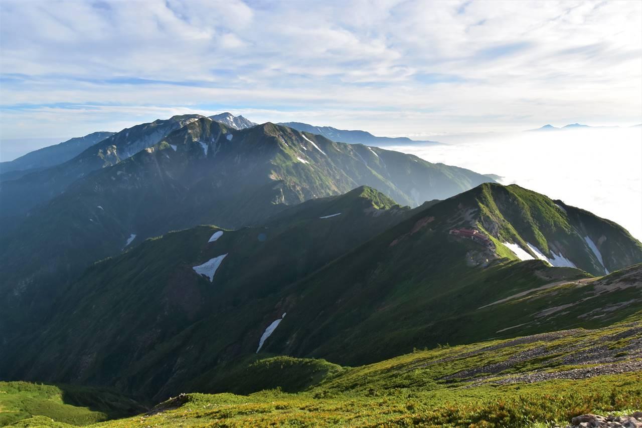 五竜山荘と唐松岳