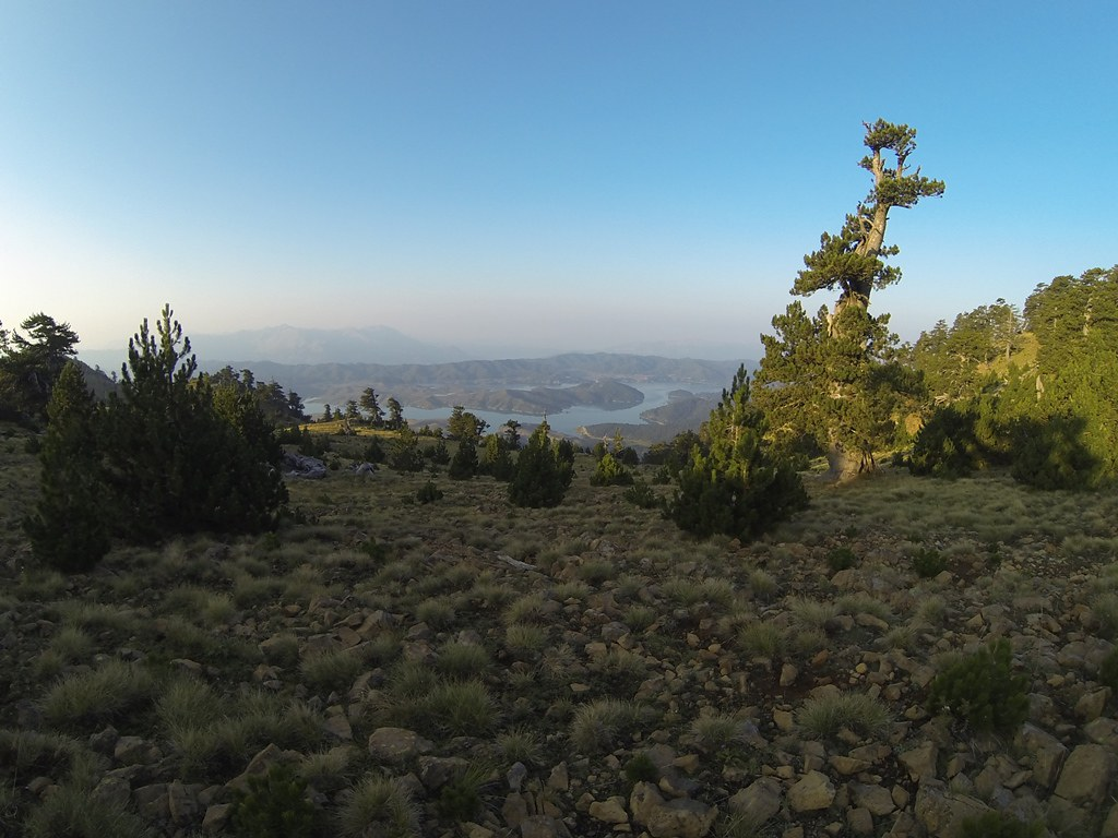 Η λίμνη Αώου από ψηλά