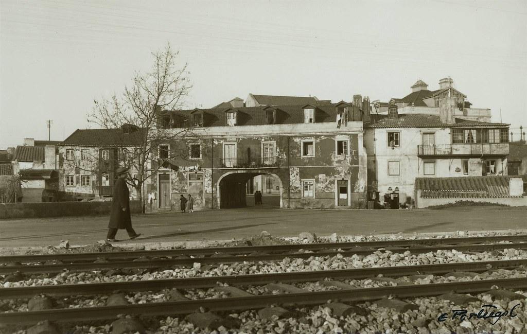 Casa onde morou Almeida Garrett em 1852, Pedrouços (E. Portugal, 1940)