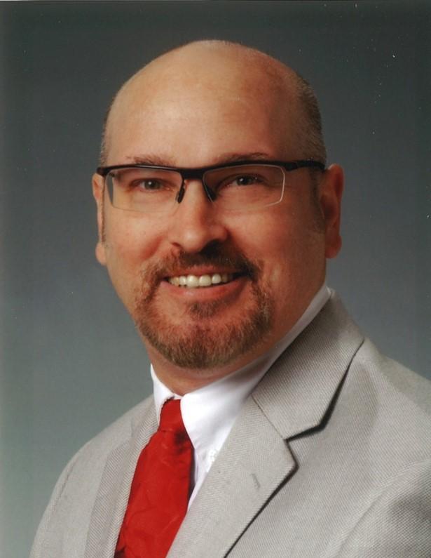 Portrait photo of Dr. Scott Penzak