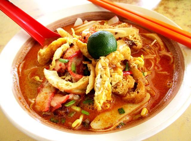 Wan Long Cafe Sarawak laksa