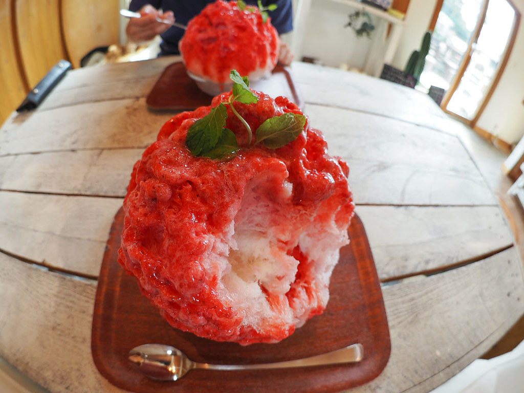 Japanese Ice Shaved Dessert - Strawberry Milk
