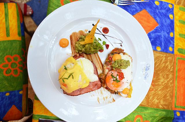 Eggs Benedict, Tenerife