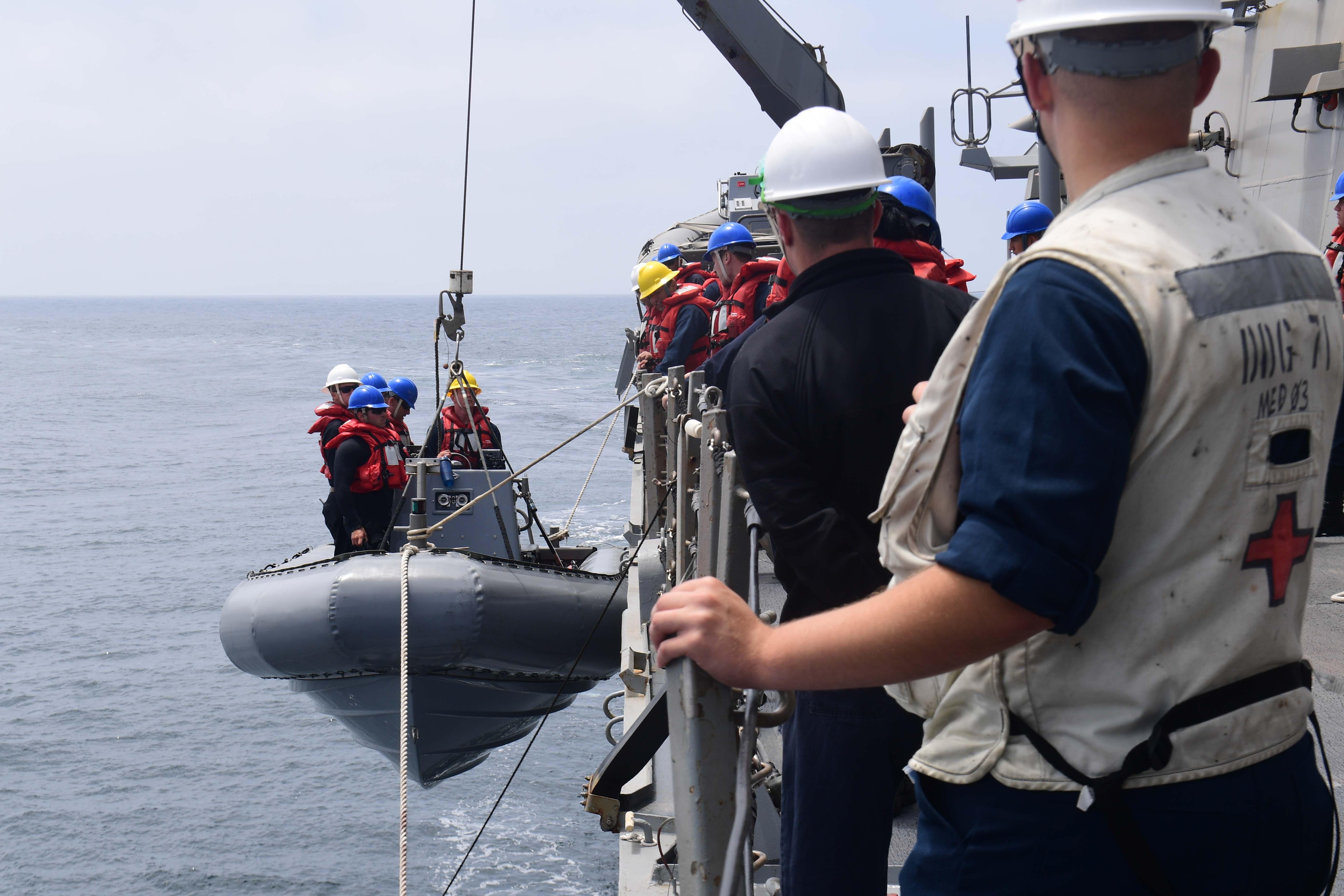 PASSEX 18 - USS ROSS (DDG71) et RMN Tarik Ben Ziyad (613) 42340408660_a110ddc837_o