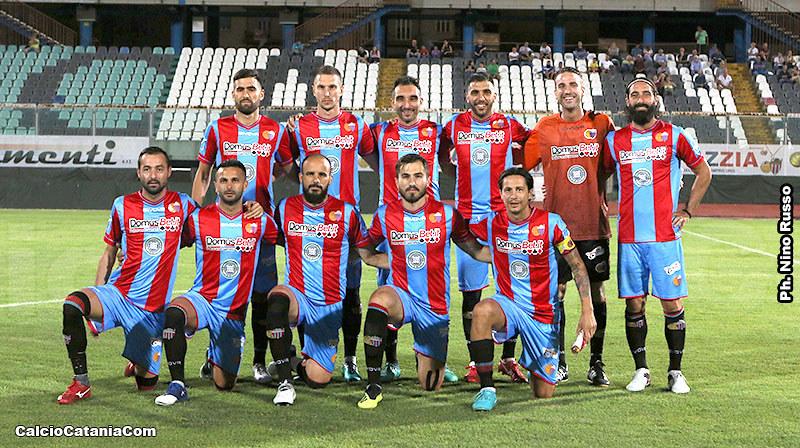 Una formazione del Catania 2018/19