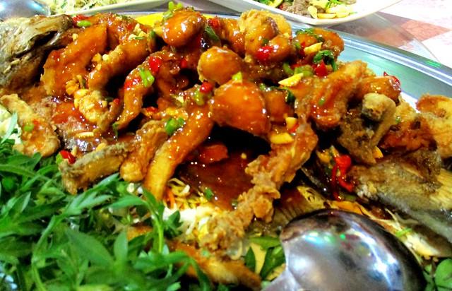 Flavours Thai Kitchen pla sam rod 2