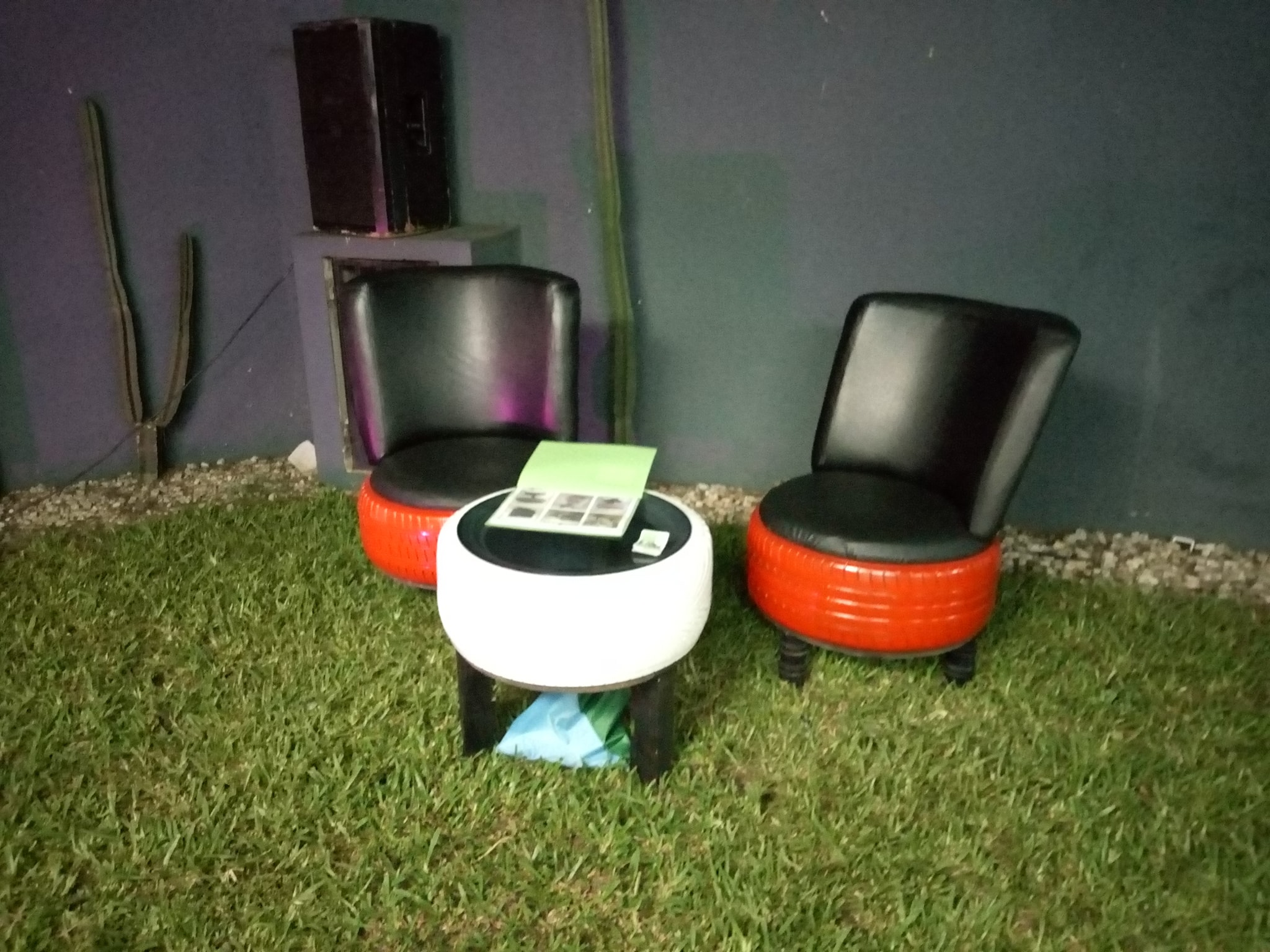 Cote-d'ivoire: Kazonature transforms old tyres into furnitures to save our environment