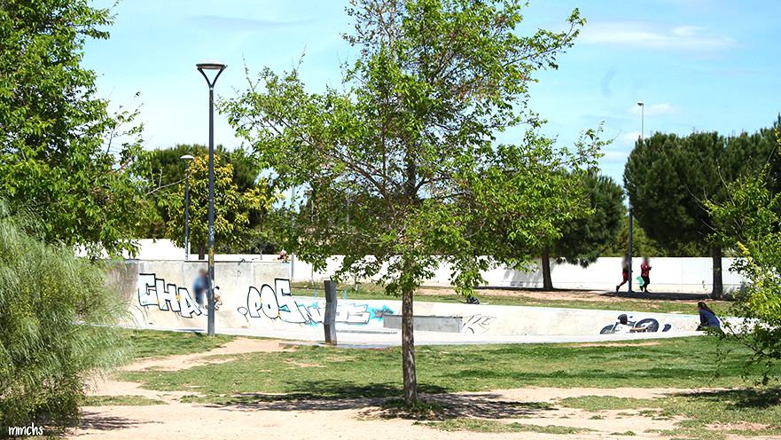 zona de skate en parque central de Paterna