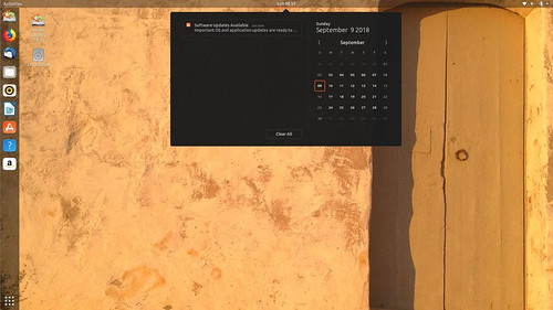ubuntu-18-10-cosmic-cuttlefish-01