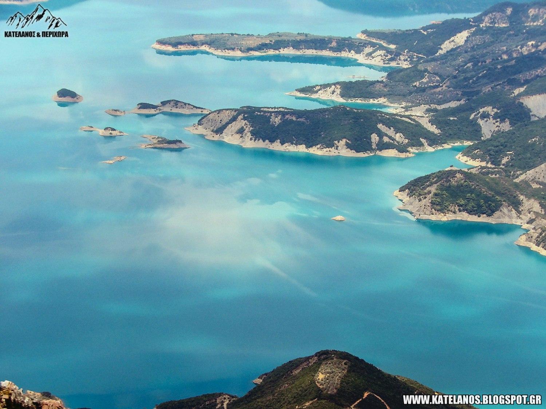 εντυπωσιακη λιμνη κρεμαστων απο ψηλα φωτο