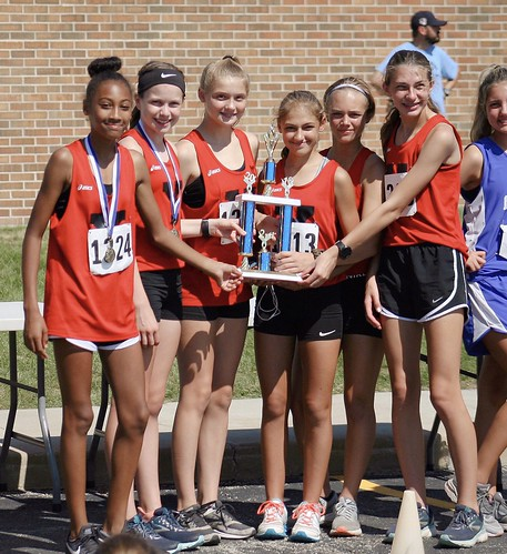 8th Grade Yorkville Girls 2nd at Troy Invite