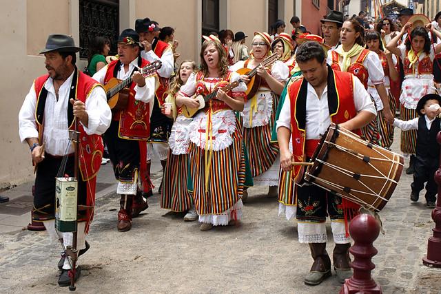 La Orotava trad costume, Tenerife