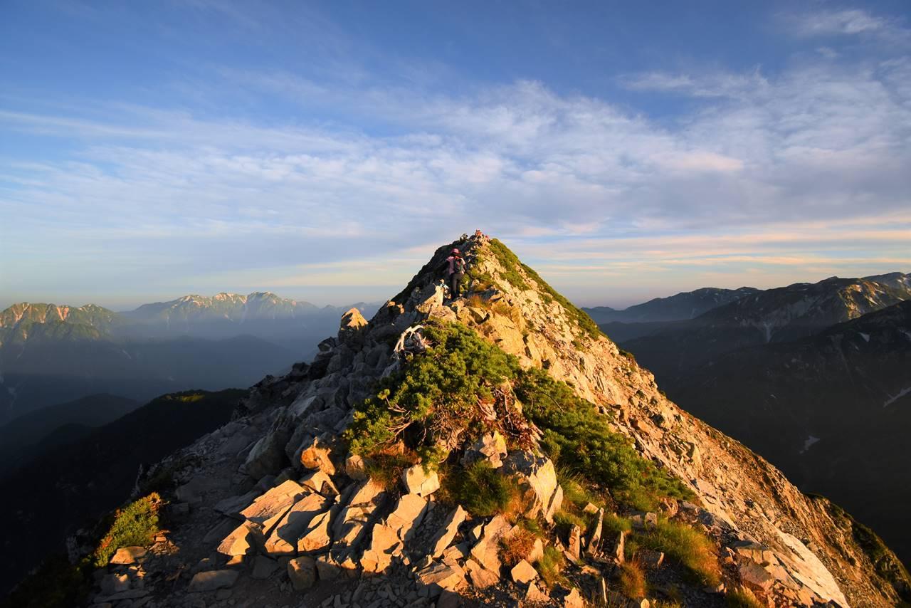 五竜岳山頂へ