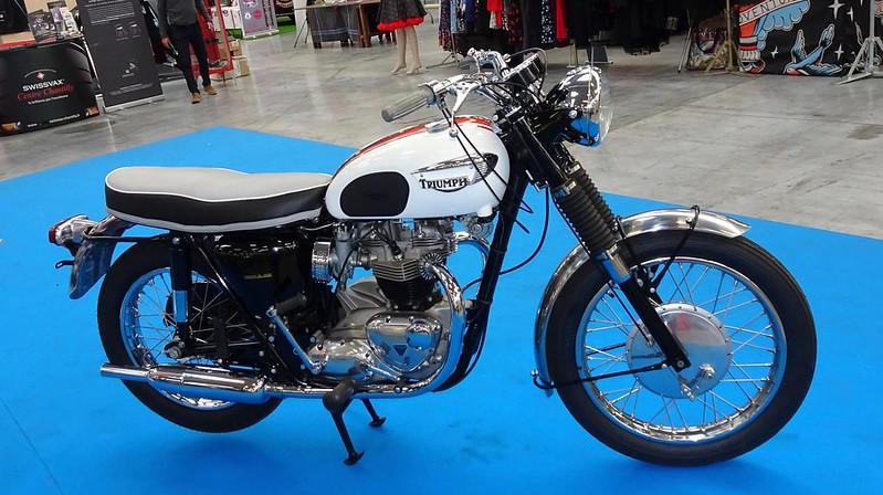 Triumph Bonneville 650 T120, la vraie........ 30373338057_28c89c9e36_c
