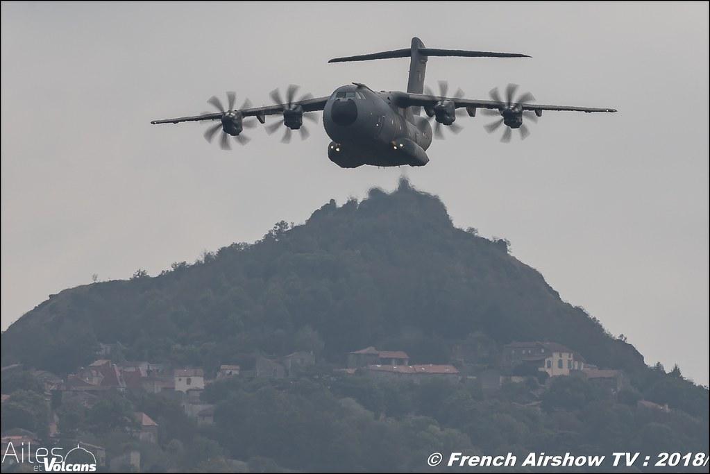 A400M Tactical Display , Airbus Military , Ailes et Volcans - Aérodrome d'Issoire - Le Broc , Cervolix 2018 & La Montagne , Canon EOS , Sigma France , contemporary lens , Meeting Aerien 2018