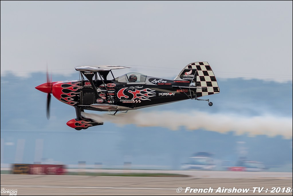 Skip Stewart Pitts S-2S Prometheus aerobatic EAA AirVenture Oshkosh 2018 Wisconsin Canon Sigma France contemporary lens Meeting Aerien 2018