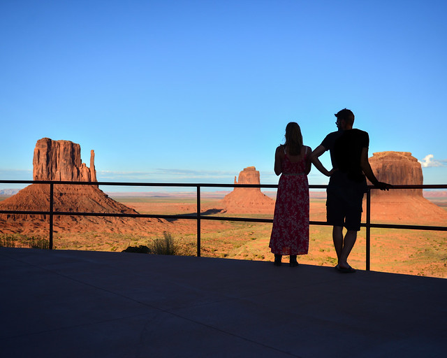 Atardecer desde el John Wayne Point del hotel The View de Monument Valley