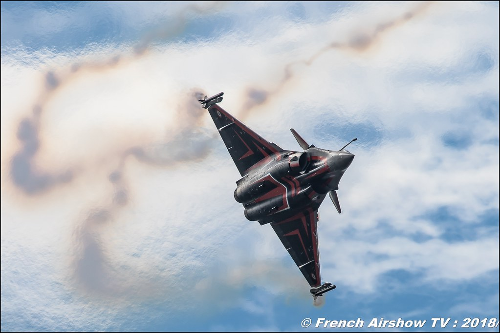 Rafale Solo Display 2018 BAFDAYS Kleine-Brogel 2018 BELGIAN AIR FORCE DAYS 2018 BA Kleine Brogel Canon Sigma France contemporary lens Meeting Aerien 2018