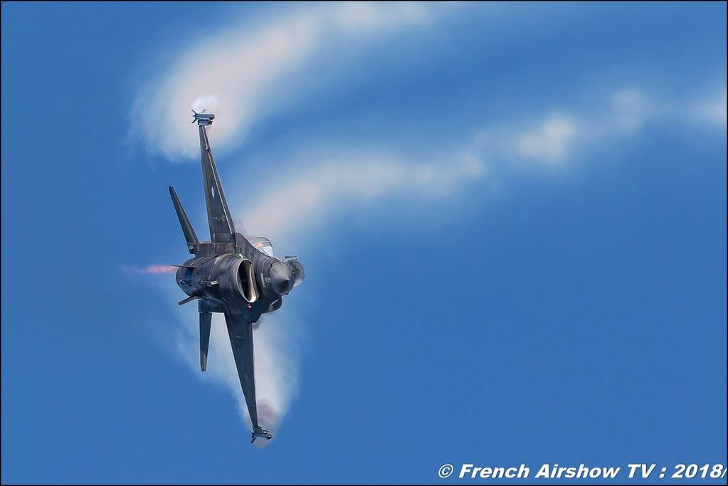 HAF Demo Team Zeus Hellenic Air Force F-16 Zeus Demo Team Lieux Canon Sigma France contemporary lens Meeting Aerien 2018