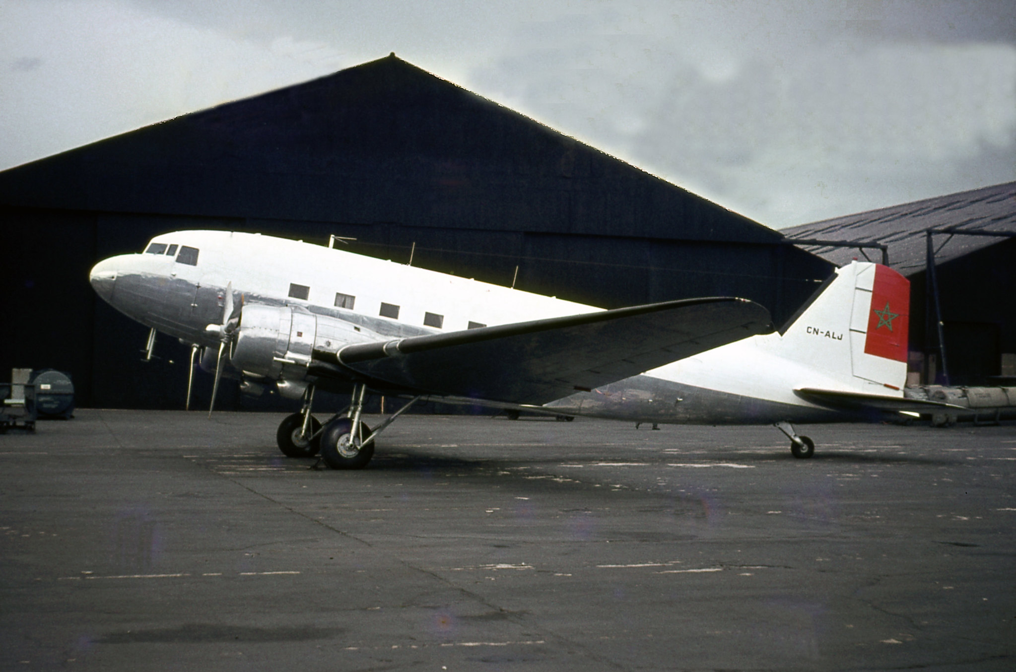 FRA: Photos anciens avions des FRA - Page 10 43552382940_cd97989d0a_k