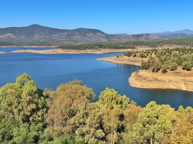 Embalse de Gabriel y Galán (Tierras de Granadilla, Cáceres)