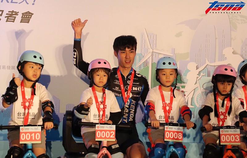 王胤之現在轉變角色,主要負責推廣日本自行車路線。(行大昀/攝)