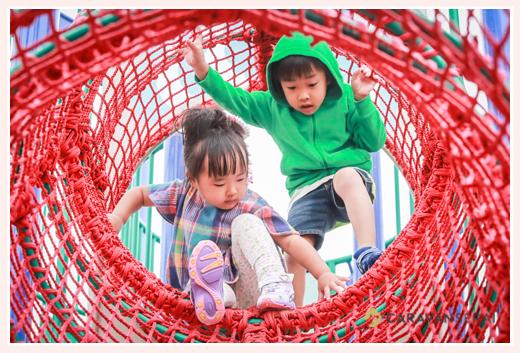 エアフロントオアシス(愛知県小牧市)で遊ぶ子供