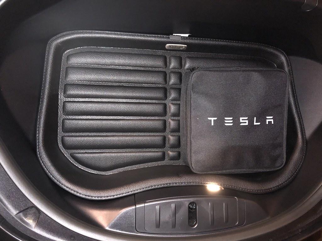 TuxMat Trunk Set, Nice !   Tesla Motors Club