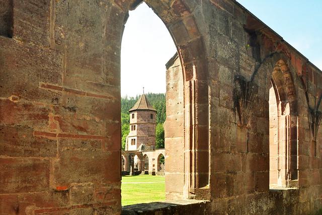 Sommer 2018 - Calw ... Kloster Hirsau ... Foto: Brigitte Stolle
