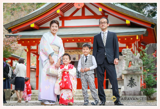 七五三 大縣神社 愛知県犬山市 3歳の女の子 家族写真 ファミリーフォト