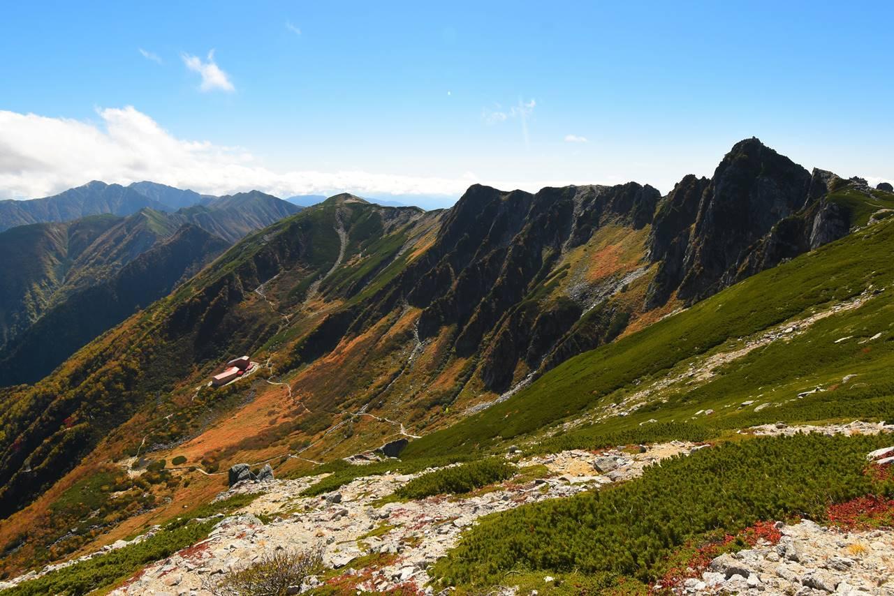 宝剣岳~空木岳の稜線と千畳敷カール