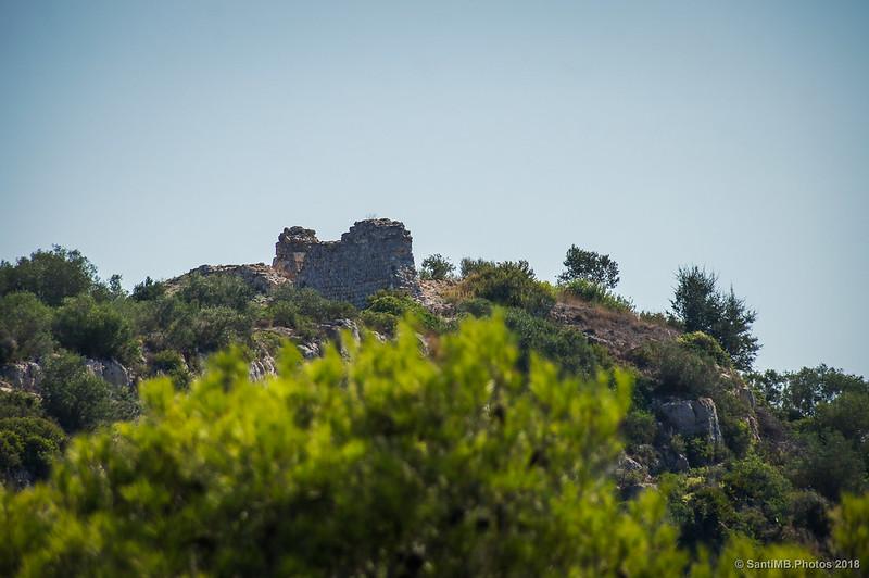 Muro del castillo de Olèrdola