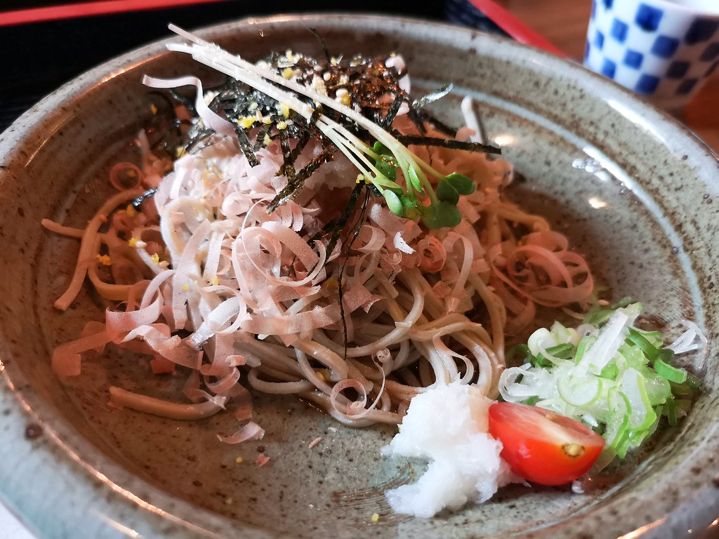 One can never get enough of soba. Here's the other soba dish.