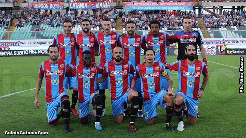 L'undici di partenza nel match con la Vibonese disputato al