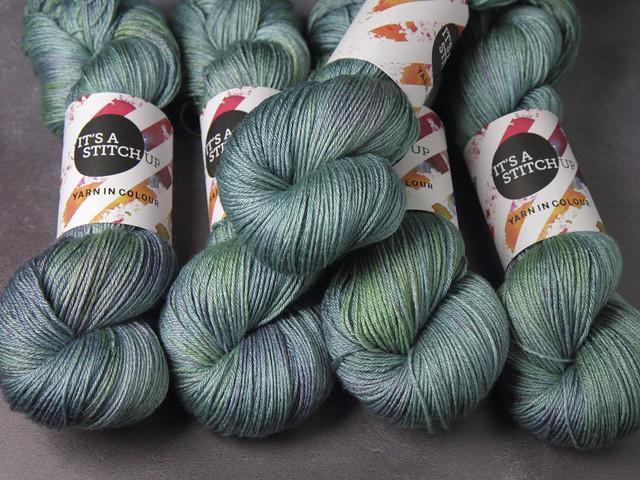 Brilliance 4 Ply  – British Wool & Silk hand-dyed fingering weight yarn 100g – 'Opal'