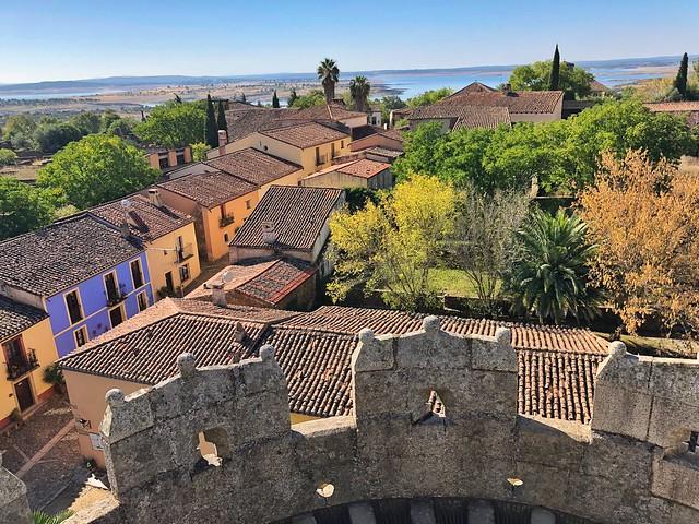 Vistas de Granadilla desde lo alto del castillo (Tierras de Granadilla, Cáceres)