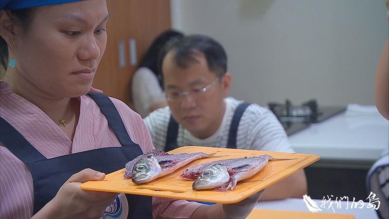 973-1- (15)除了辨認魚種,食魚教育課程也教民眾怎樣處理魚才能保有鮮美。