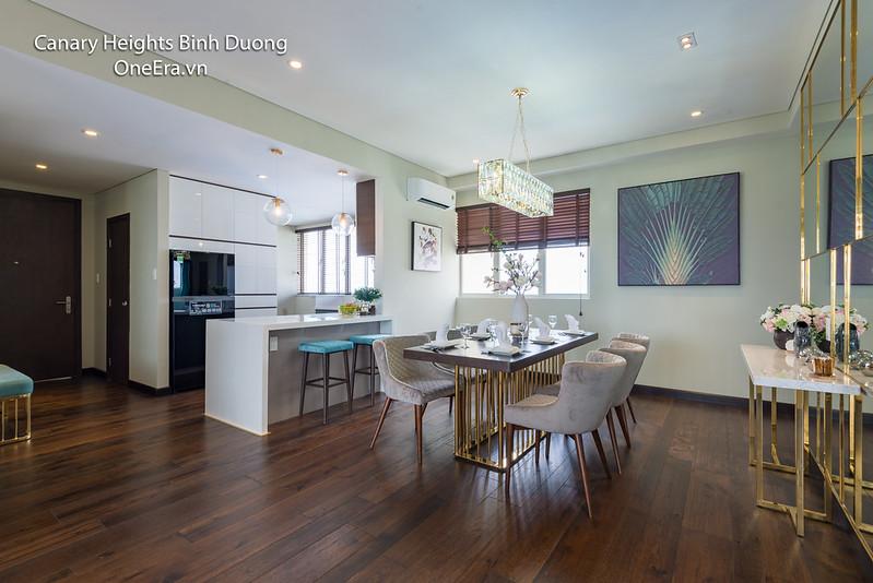 bàn ăn và bếp, căn phòng rộng rãi